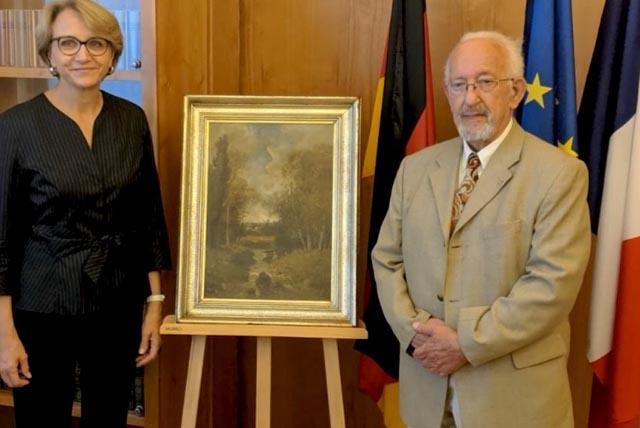 Restitution d'une oeuvre d'art dérobée durant la seconde guerre mondiale