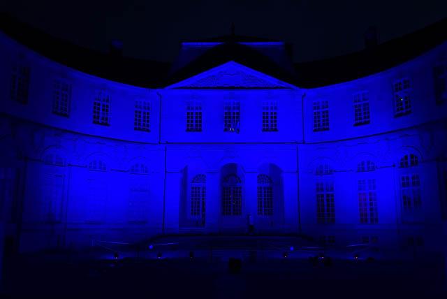 L'Europe et le Centre Mondial de la Paix, des libertés et des droits de l'Homme s'illuminent en bleu pour le 75e anniversaire des Nations Unies